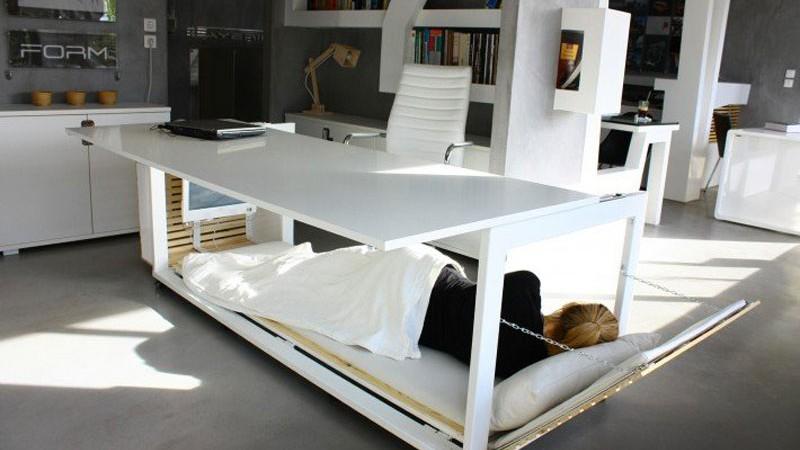 MRP_03_July_work_desk_bed_Studio_NL_1-800x450